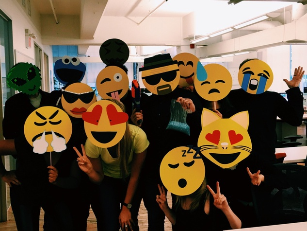 emoji halloween costumes - Halloween Stores In San Antonio Texas
