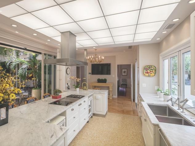 Cordua 3 Saddlewood Estates kitchen