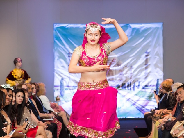 Sunrise International Dance Company Dancer at International Mothers Day Soiree