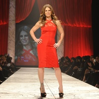 6, The Heart Truth 2013 Fashion Show, Jillian Michaels wearing Cushne et ochs