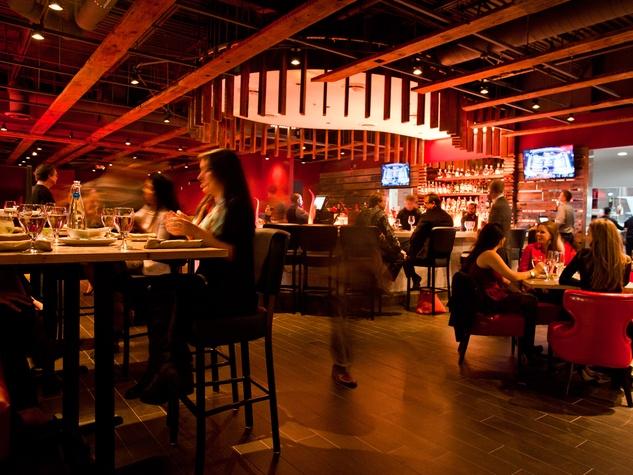 Churrascos Memorial City interior bar and sitting area
