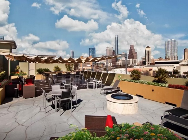 Airbnb Austin apartment downtown skyline view