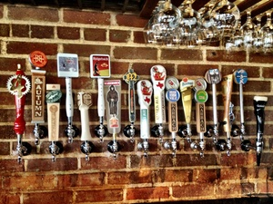 Brasil, draft wall, taps, beer