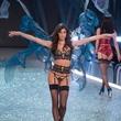 Sara Sampaio in Victoria's Secret fashion show