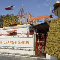Places-Unique-The Orange Show-entrance-1