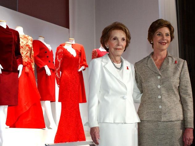 Nancy Reagan and Laura Bush with Oscar de la Renta dresses