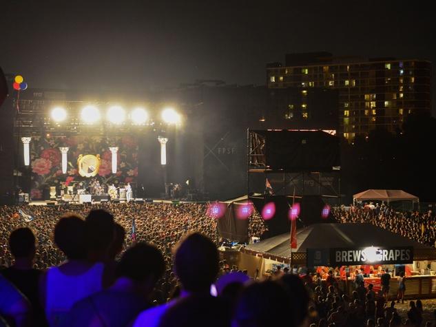 Summer Fest night crowd