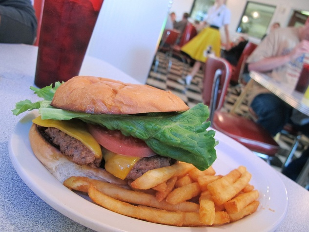 News_Ruthie_Brenham and Bluebonnets_Southern Flyer_hamburger_french fries