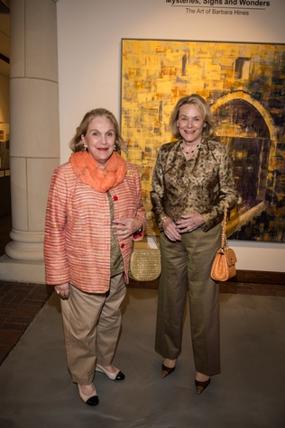 2868 Carrie Horne, left, and Anne Duncan at the Barbara Hines Art Opening in Dallas October 2014