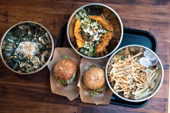 Hopdoddy's new drive-thru, Austin's new traffic plan, and more stories