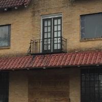 EJ's La Grange exterior