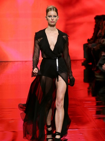 Fashion Week fall 2014 collections Donna Karan Model Karolina Kurkova