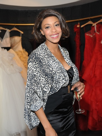 News_Casa de Novia Debuts Vera Wang Boutique_May 2012_Arianna McKinney