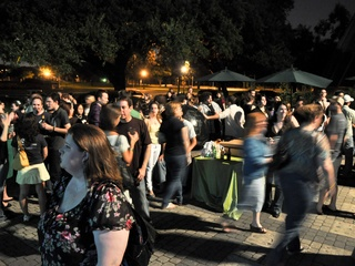 News_Lois_Pop Up Party_crowd shot_ July 2010