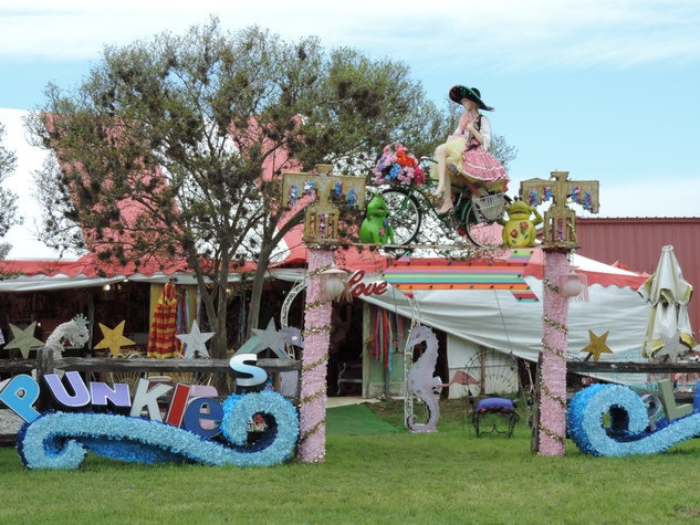 Tarra Gaines Antique Week beginner's guide March 2015 Punkie's place
