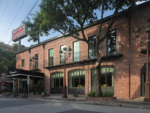 Brennan&#39;s of Houston, exterior, day