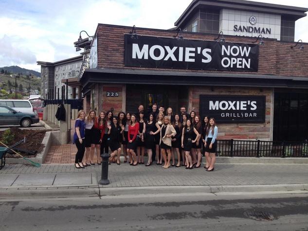 Moxie's Canada sports bar