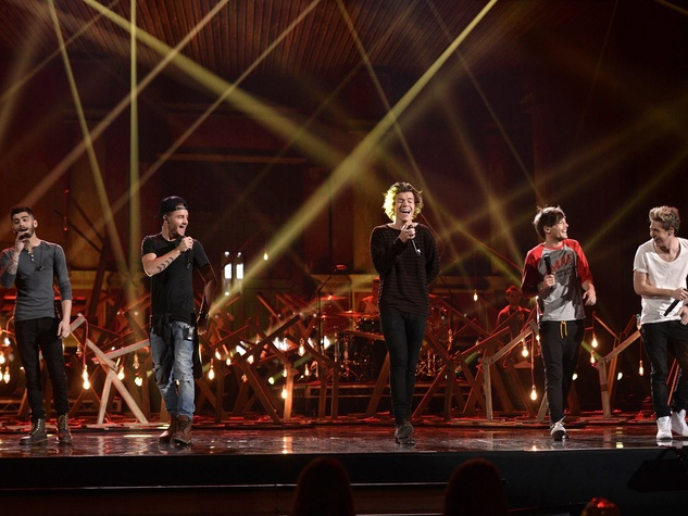 One Direction in concert