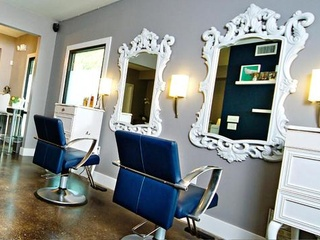 Austin photo: places_shopping_mirror mirror salon_interior