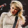 Taylor Swift rocking