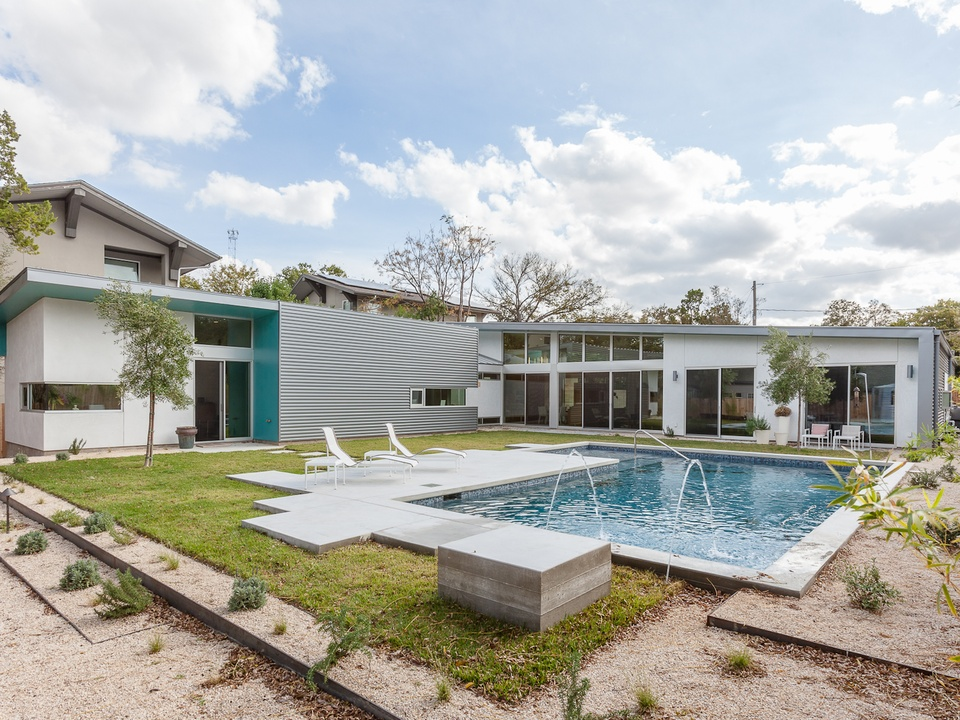 Austin Modern Home Tour 2014 700 West Monroe pool