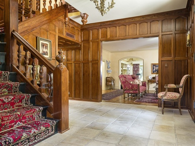 Foyer at 4906 Park Ln. in Dallas