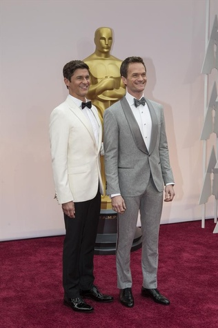 Neal Patrick Harris and David Burtka at Oscar red carpet