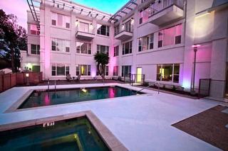 Austin_Photo: Places_Hotel_Casulo Hotel_exterior