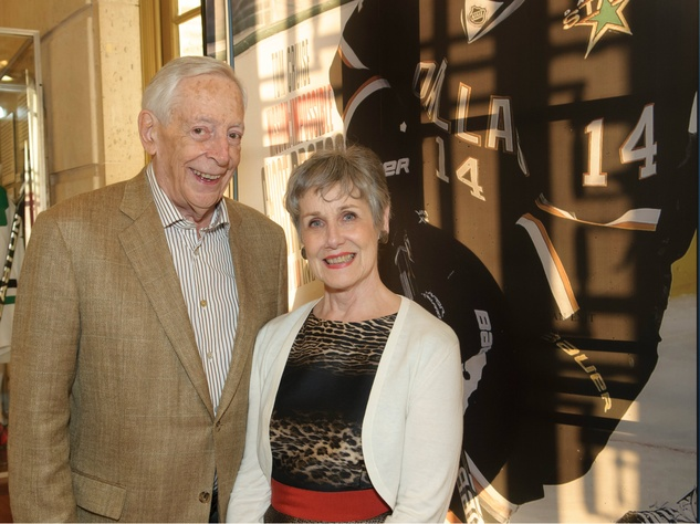 Max Wells, Martha Wells, Texas Sports Legends