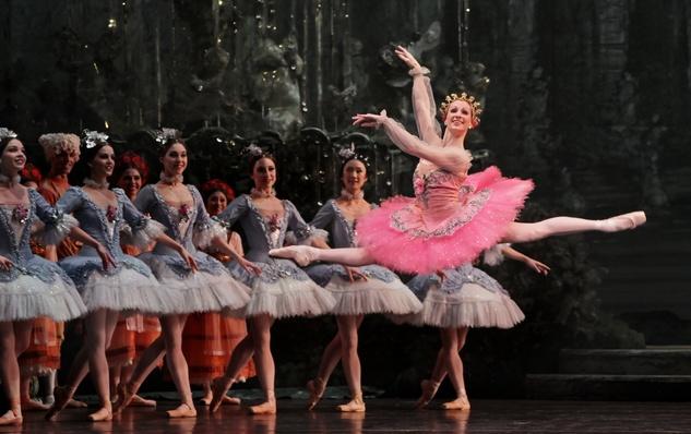 Houston Ballet  Sara Webb and artists of Houston Ballet in Ben Stevenson's The Sleeping Beauty