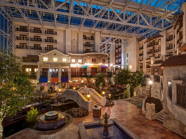 Interior of Gaylord Texan