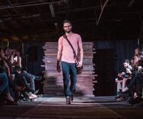 Essential Oliver Fashion Show in Austin 3398