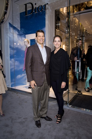 Russell Weingberg, Sarah Weinberg