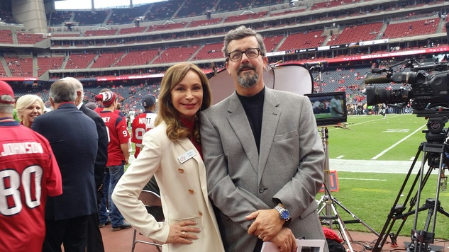 News, Shelby, Texans sidelines party, Nov. 2014