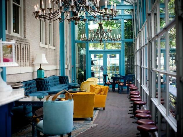 Ocho, Hotel Havana, San Antonio