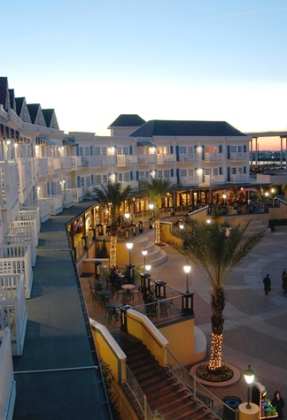 Kemah Boardwalk Inn