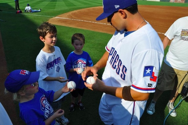 Austin Photo Set: News_roby_kids things to do in april 2013_round rock express