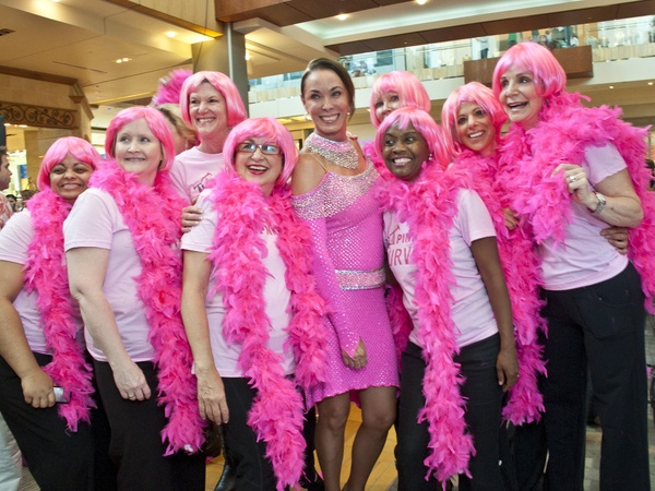 News_Pink Well_Flash Mob_Sue Smith_June 2011