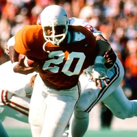 Earl Campbell in 1977 OU game at Cotton Bowl