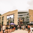 Beyonce Toyota Center outside