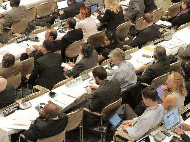 Mondo Cinema, Greedy Lying Bastards, UNFCCC Interim Kyoto conference, Bonn, Germany, 2010