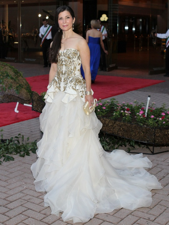 News_Houston Grand Opera Ball_opera gowns_April 2012_Cynthia Petrello