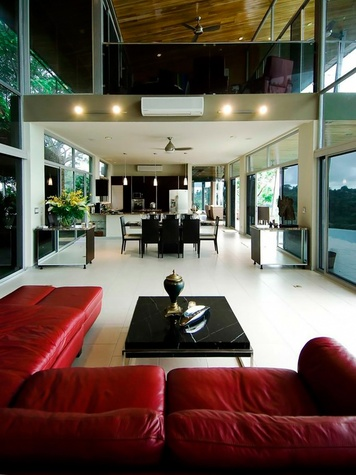 On the Market Costa Rica Casa Pura Vida May 2014 THIS ONE livingroom2