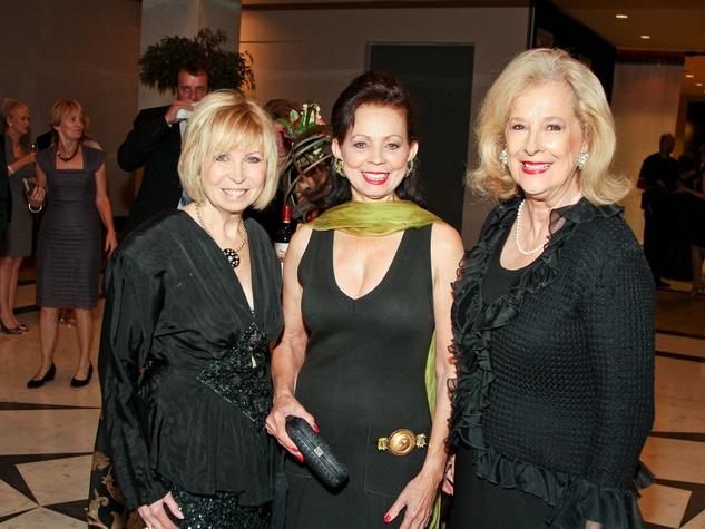 Medical Bridges gala, October 2012, Dorothy Bolettieri, Danielle Ellis, Mary Ann McKeithan
