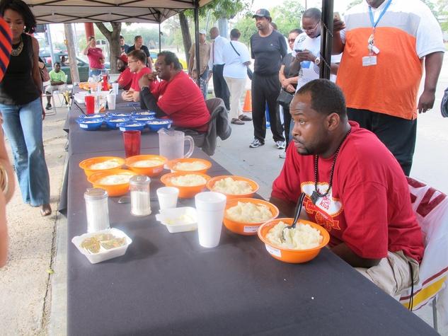 Breakfast Klub, grits eating contest, October 2012, winner, bowls