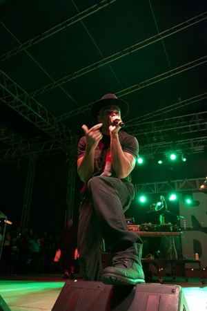 Austin Photo Set: News_Tom_fff_run dmc_nov 2012_2