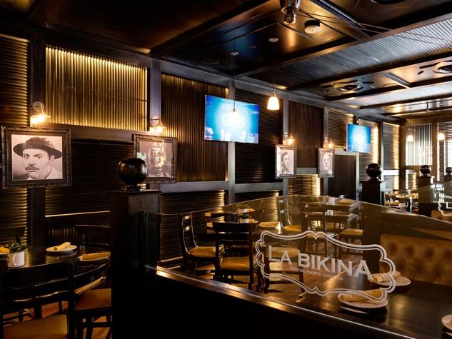 3 La Bikina in The Woodlands September 2014 interior