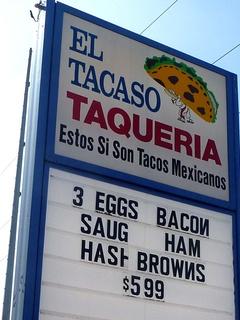 El Tacaso Taqueria in Dallas
