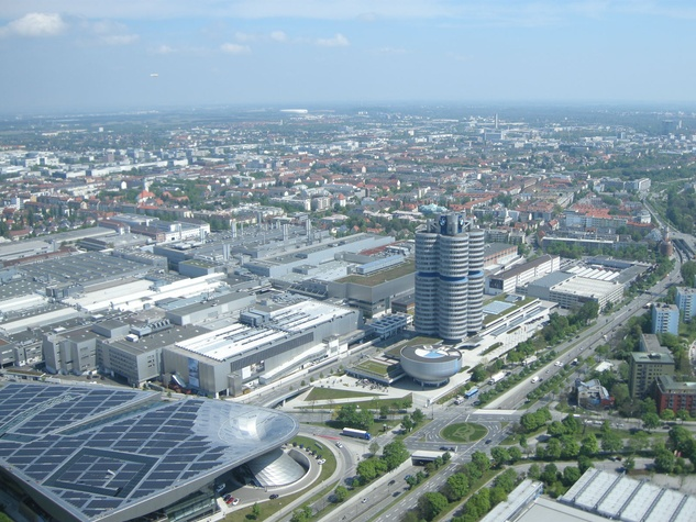 Clifford in Munich April 2014 BMW building aerial 2