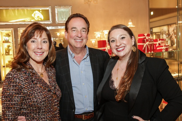 5 6477 Elizabeth and Alan Stein, from left, with Laura Stein at the Baccarat anniversary party November 2014